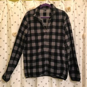 UNIQLO black & gray plaid fleece zip up